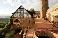 Large, imposing and steeped in history: high above the town of Eisenach sits Wartburg Castle, a UNESCO World Heritage site since 1999