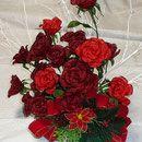 深紅のバラのクリスマスアレンジ