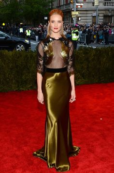 Rosie Huntington-Whiteley in Gucci at the MET Gala 2013. Shes a supermodel, she looks amazing.