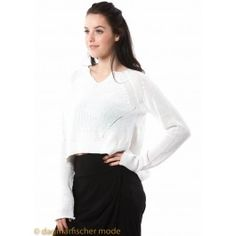 Pullover in fine knitwear by RUNDHOLZ in black or milk - dagmarfischermode.de      #pullover #black #milk #rundholz #mainline #designer #german #fashion #germandesigner #style #stylish #styles #outfit #shopping #dagmarfischermode #shop #outfit #cool #lagenlook #oversize #mode #extravagant #germandesigner #spring #summer #hotsummer #springtime