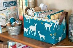 Ideas craft storage box patterns for 2019 Fabric Boxes, Fabric Storage, Craft Storage, Fabric Scraps, Storage Ideas, Patchwork Fabric, Patchwork Bags, Sewing Patterns Free, Free Sewing