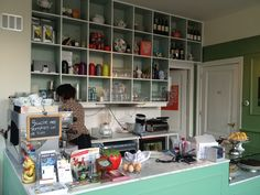 Van Prinse & Co - Coffee, books, hotel