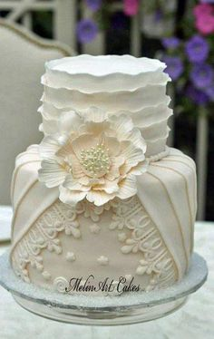 Pleated, Ruffled Couture wedding cake - Cake by MelinArt