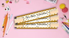 New ruler Valentines! These are such a fun non-candy alternative! Valentine's Day Printables, Learning Time, Employee Gifts, Letter Size Paper, Birthday Favors, Gift Exchange, Chalkboard Signs, Ruler, Gifts For Kids