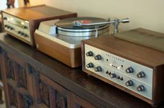 Empire Turntable. #recordplayer #turntable #music #audio http://www.pinterest.com/TheHitman14/the-record-player-%2B/