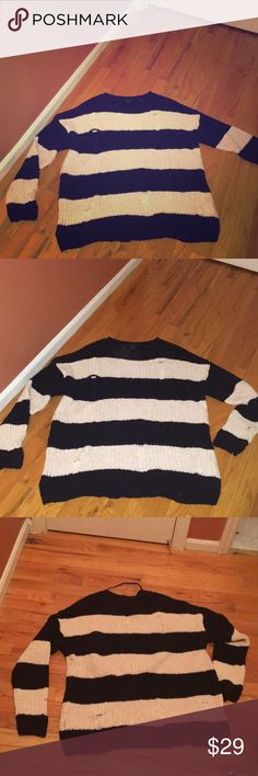 🌺🌺Sailor sweater navy & cream. Perfect Beautiful Navy and cream sweater. Perfect for sailing, days by the beach over a bikini,great for a night out great for every day. Never goes out of style. Love this one. Atmosphere Sweaters Crew & Scoop Necks
