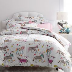 Carousel Percale Comforter ($89) ❤ liked on Polyvore featuring home, bed & bath, bedding, comforters, percale bedding, multi color comforter, multi colored bedding, colorful comforters and colorful bedding