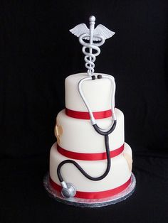 Medical Doctor cake by Mina Magiska Bakverk (My Magical Pastries), via Flickr