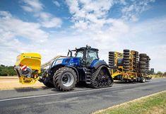 "Ťŕåčţóř 💪💨 op Instagram: ""📸Follow @newhollandag_ukroi #fendt #fendt1050 #fendt720 #fendt724 #fendt943mt #fendt936 #fendt930 #fendt939 #fendt1042 #fendtfavorit…"" Agriculture Tractor, Armored Truck, New Holland Tractor, Farm Photography, Kenworth Trucks, Engin, Ford News, Country Girls, Transformers"