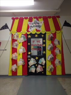 What a fun door decoration idea for the circus or carnival classroom theme! {broken link, picture on Dr Seuss Decorations, Circus Decorations, School Decorations, School Themes, Circus Theme Classroom, Classroom Door Displays, Classroom Decor, Preschool Circus, Dr Seuss Nursery
