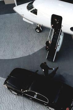 Gulfstream Private jet / Black and White Jet / Luxury Travel Rich Lifestyle, Luxury Lifestyle, Luxury Travel, Luxury Cars, Luxury Yachts, The Life, Life Is Good, Jets Privés De Luxe, Jet Privé