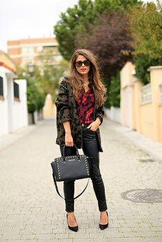 Chaquetón/Coat – Zara (old)  Camisa/Shirt – Zara (AW 13/14)  Pantalones/Pants – Bershka (old)  Tacones/Heels – Carolina Herrera  Bolso/Bag –...