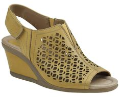3c1cd69452cf Earth Women s Cascade Sandal     Read more at the image link.