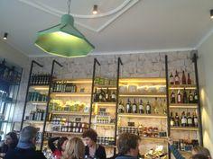 Philema Cuisine grecque dans un cadre d'épicerie! Cuisine simple et goûteuse!