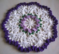 """Small and Large Violet Doily"" Free Pattern: web.archive.org/web/20070706074523/http://www.crochettrea..."