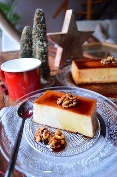 Flan de queso con caramelo y nueces