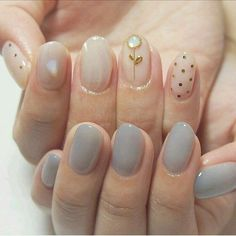 In search for some nail styles and some ideas for your nails? Here is our list of must-try coffin acrylic nails for trendy women. Korean Nail Art, Korean Nails, Minimalist Nails, Asian Nails, Ten Nails, Chrome Nails, Cute Nail Art, Motif Floral, Nail Manicure