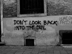 The Libertines - Don't Look Back Into The Sun graffiti