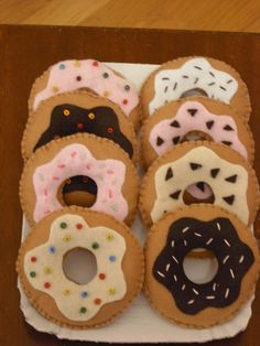 Hey, I found this really awesome Etsy listing at https://www.etsy.com/listing/190690766/felt-food-felt-donuts-decorations