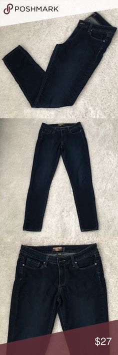 """Paige Peg Skinny Jeans, Size 30, Made in USA Paige Peg Skinny Jeans Soft and stretchy. Made in USA.  Size 30 Waist 30"""" Rise 8.5"""" Seam 29""""  Fabric is made of cotton, polyester and elastane. Machine washable.  Great condition.  No stains or holes.  Freshly washed.    Please see all pictures for details or ask questions prior to purchase to avoid returns.  Check out my store for more items on sale! Paige Jeans Jeans Skinny"""