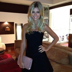 c9587d2772b Lala Rudge - Herve Leger dress and LV clutch Lv Handbags