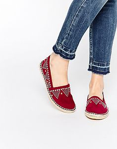 Buy ASOS JESSY Studded Espadrilles at ASOS. Get the latest trends with ASOS now. Sock Shoes, Cute Shoes, Me Too Shoes, Shoe Boots, Asos, Espadrille Shoes, Shoes Sandals, Only Shoes, Espadrilles Outfit