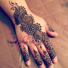 Gallery For > Simple Henna Art