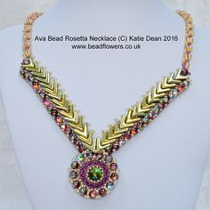 This Ava Beads pattern shows you how to make a stunning focal necklace. It is an intermediate level project and combines Ava beads with other seed beads.