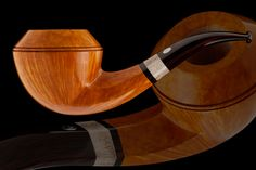 Bulldog No. 14079 Material: Briar Algerian, Mouthpiece: Cumberland Rod Ring: Elk Horn, Filter: None Length: 135,1 mm Bowl height: 48,3 mm, Bowl diameter: 51,0 mm Chamber depth: 36,0 mm, Chamber diameter: 20,0 mm Weight: 65 g, Grade: VSOP This pipe is available, for further information please contact me at  clientele@janpipes.cz or http://janpipes.cz/new-pipes/