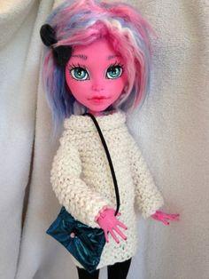 Custom-Monster-high-doll-Gooliope-jellington-Lottie-OOAK-Repaint-By-Stargirl23