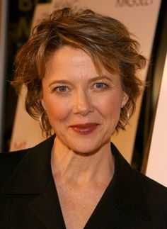Annette Bening at event of Mrs. Harris (2005)