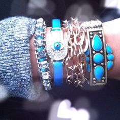 Love layers turquoise & summer HOT!