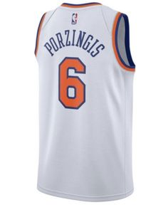 Nike Men s Kristaps Porzingis New York Knicks Association Swingman Jersey -  White XXL New York Knicks c81c2e019