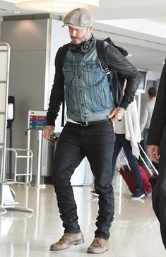 David Beckham in Double Denim. He's one of the most stylish men in the world, and David Beckham pulled another good look out of the bag, despite his low-key Red Wing Boots, Rugged Style, Mens Boots Fashion, Fashion Outfits, David Beckham Style, David Beckham Fashion, Most Stylish Men, Double Denim, Look Cool