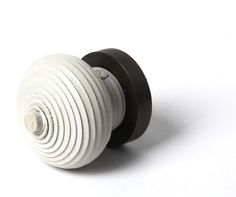 Spiral Dot door handle in white leather from House of Eroju.