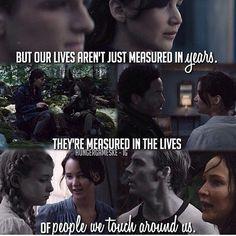Peeta ~ Katniss ~ The Hunger Games ~ THG ~ Girl on fire ~ Mockingjay Hunger Games Memes, The Hunger Games, Hunger Games Fandom, Hunger Games Catching Fire, Hunger Games Trilogy, Hunger Game Quotes, Catching Fire Quotes, Suzanne Collins, Katniss And Peeta