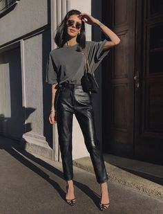 Summer Fashion Tips .Summer Fashion Tips Fashion 2020, Look Fashion, Autumn Fashion, Fashion Outfits, Womens Fashion, Fashion Tips, Fashion Ideas, Workwear Fashion, Travel Outfits