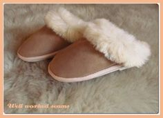 What is so unique in the Simon Fur sheepskin boots and slippers Sheepskin Slippers, Sheepskin Boots, Fur Fashion, Style Fashion, Footwear, Unique, Blog, Leather, How To Wear