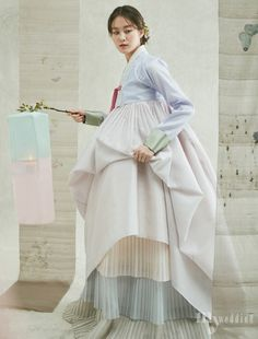 Korean Fashion – How to Dress up Korean Style – Designer Fashion Tips Korean Fashion Winter, Korean Fashion Casual, Korean Fashion Trends, Spring Fashion Casual, Korean Outfits, Asian Fashion, Korean Traditional Dress, Traditional Fashion, Traditional Dresses