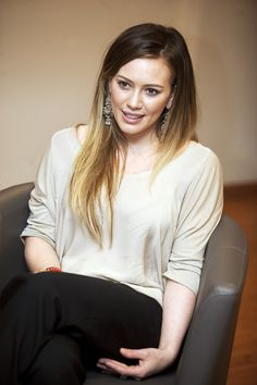Hilary Duff's cute length and color. From the creator of Sex and The City, 'Younger' stars Sutton Foster, Hilary Duff, Debi Mazar, Miriam Shor and Nico Tortorella. Discover full episodes at http://www.tvland.com/shows/younger.