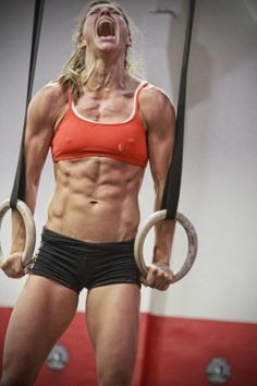 Girl POWER. CrossFit, Andrea Ager. fitness