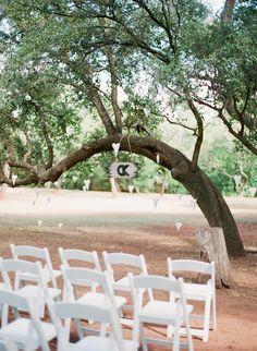 tree altar wedding | image by stephanie hunter