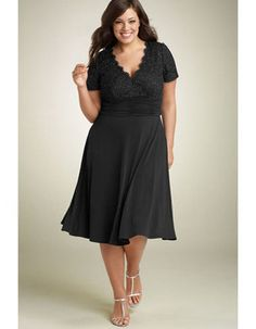 Charming A-line V-neck Short Sleeves Lace and Chiffon Black Knee-length Mother of the Bride/Groom Dresses with Ruched Waist