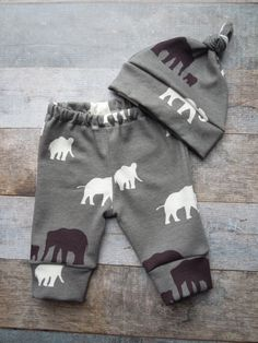 Baby Boy Going Home Outfit Organic Baby door LittleLotusOrganics