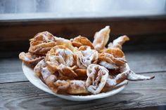 Russischer Chworost - Famous Last Words Beignets, Churros, Sweet Recipes, Cake Recipes, Gluten Free Diet Plan, Russian Recipes, Apple Pie, Macaroni And Cheese, Bakery