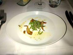 """Stracciatella"" (consisting of Burrata, caramelized pear, nuts and rocket salad) @ Restaurant loca - better eat better"