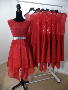 Ropa de danza Redimidos por la sangre de por ShekinahDanceStore