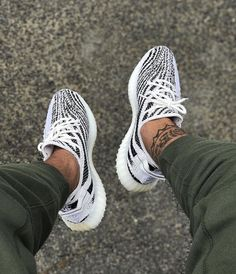 High Yeezy boost 350 V 2 'Zebra' CP 9654 full sizes uk Glow In The Dark