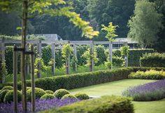 Stijlvolle villatuinen   Onze tuinen - BUYTENGEWOON