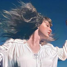 All About Taylor Swift, Taylor Swift Hot, Red Taylor, Selena, Taylor Swift Wallpaper, Taylor Swift Pictures, Music Covers, Music Industry, Lady And Gentlemen